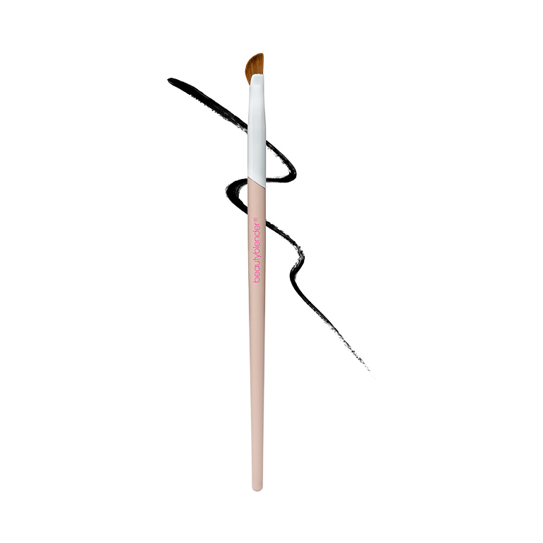 eyeliner-amb-cap-corb-wing-man